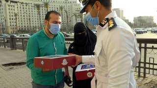 الخدمات الأمنية على الطرق تُقدم وجبات إفطار للصائمين على مستوى الجمهورية