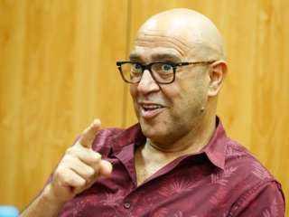 أشرف عبدالباقي يفتتح موسم عيد الفطر بمسرحيتين