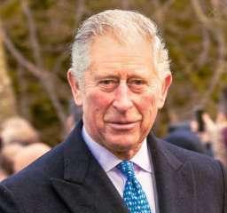 ما الشئ الذي ينتظر الأمير تشارلز عندما يصبح ملكاً؟