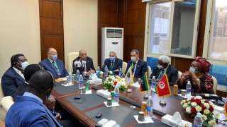 وزير التنمية المحلية ومحافظ القاهرة يشهدان تدشين مقر إقليم شمال أفريقيا لمنظمة المدن والحكومات الأفريقية