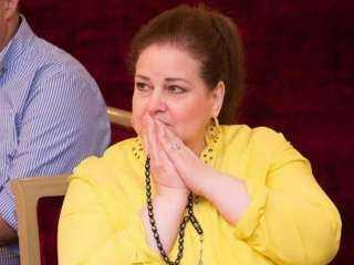 تطورات خطيرة في الحالة الصحية للفنانة دلال عبدالعزيز