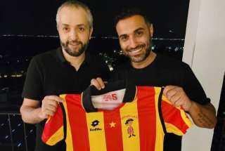 أحمد فهمي يشكر كبير مشجعي نادي الترجي: برضو هنكسب بطولة أفريقيا