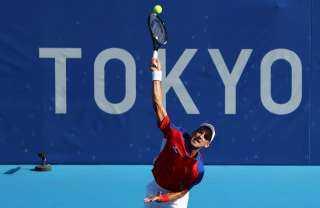 ديوكوفيتش يتأهل إلى الدور الثاني في منافسات التنس الأولمبية