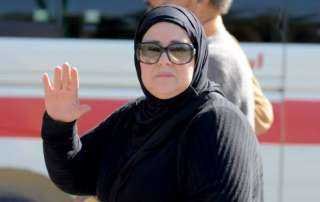 عائلة دلال عبدالعزيز ترد على أنباء وفاتها