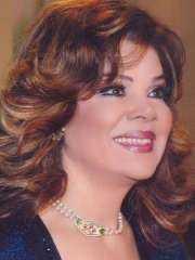 صفاء أبو السعود تكشف عن سر رشاقتها وجمالها