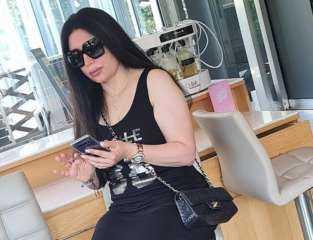 بالصور.. عبير صبرى تقضى إجازتها الصيفية فى لبنان