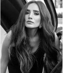 زينة توجه رسالة غامضة لجمهورها: أنا اللى ازعل مش هو