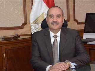 الطيار/ محمد منار: حريصون على استخدام الطاقة المتجددة النظيفة لتحويل المطارات المصرية إلى مطارات صديقة للبيئة