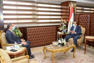 تفاصيل لقاء وزير التنمية المحلية ومحافظ الغربية