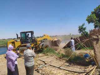 اللواء عصام سعد :  إزالة 43 حالة تعدي على نهر النيل خلال حملة مكبرة بمنفلوط