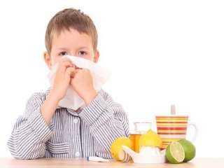 نصائح سحرية لحماية طفلك من نزلات البرد الموسمية