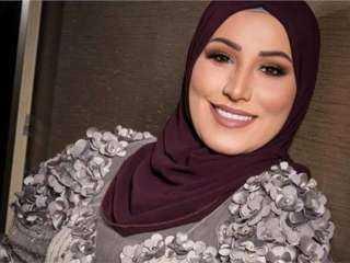 رد صادم.. نداء شرارة تعلق على شائعة تخليها عن الحجاب