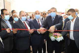 شاهد.. «وزير القوى العاملة» يفتتح أول فرع لعيادات التأمين الصحي بالجامعات المصرية
