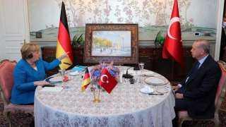 ماذا أهدى أردوغان لـ ميركل في آخر زيارة رسمية لها لـ تركيا؟