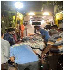 """الحماية المدنية بالقاهرة تقدم المساعدة """"لمسنة"""" بنقلها لإحدى المستشفيات"""