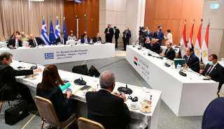 التفاصيل الكاملة لتوقيع اتفاقيتين للربط الكهربائي مع قبرص واليونان