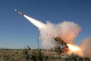 اعتراض وتدمير صاروخ باليستي أطلق في اتجاه السعودية
