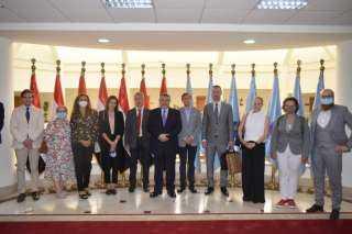 محافظ البحر الأحمر يستقبل وفداً دبلوماسياً من 12 دولة