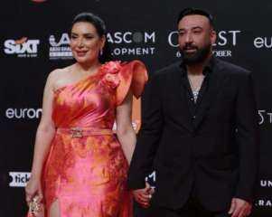 """بالصور.. عبير صبرى وزوجها أيمن البياع يشعلان """"ريد كاربت"""" الجونة السينمائى"""