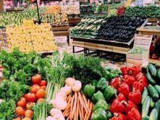 بورصة الأسعار| تباين فى أسعار الخضراوات بسوق الجملة بالعبور