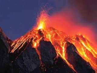 """""""البيئة"""" تكشف حقيقة تأثر مصر بتداعيات بركان لابالما"""