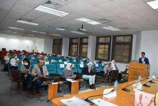 بالصور .. دورة تدريبية لأعضاء هيئة التدريس بجامعة حلوان