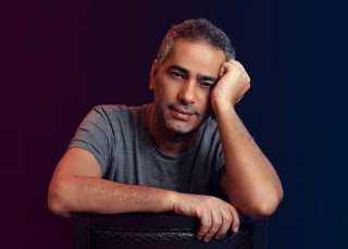"""جمهور فضل شاكر ينتظر طرح أغنيته الجديدة """"قاعد معانا"""""""