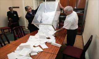 بعد إنتهاء المرحلة الأولى لانتخابات النواب .. تعرف على نصيب القائمة بـ14 محافظة