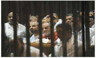 """""""الجنايات"""" تنظر غدا إعادة محاكمة بديع و61 آخرين في """"أحداث قسم العرب"""""""