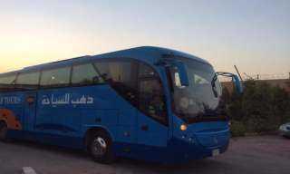 حافلة الأهلي تصل استاد القاهرة قبل ساعة وربع من مباراة إنبي