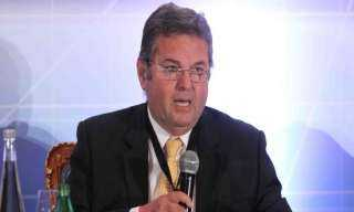 وزير قطاع الأعمال يتابع أعمال إنشاء أكبر مصنع غزل في العالم