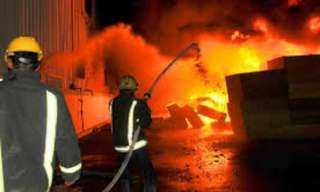 الحماية المدنية تسيطر على حريق بمخازن أدوات صحية بالعاشر من رمضان
