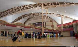 نائب وزير الطيران يشهد مراسم الاحتفال بتجديد شهادة الأيزو ISO لمطار شرم الشيخ