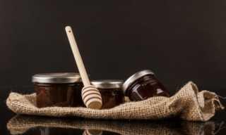 غير متوقع.. ماذا يحدث للجسم عند تناول ملعقة من العسل الاسود؟