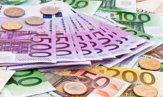 الهدوء يخيم على أسعار العملات اليوم الخميس