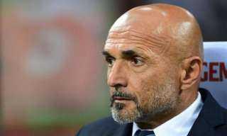 تقارير تكشف حقيقة تفاوض الأهلي مع مدرب روما السابق