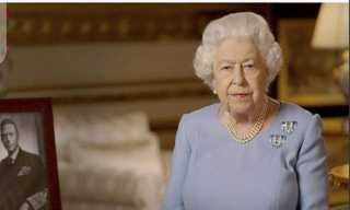 عبر الفيديو كونفرانس.. كواليس احتفال ملكة بريطانيا بـ 3 فائزين بجوائز التميز